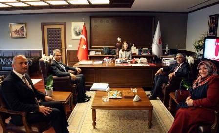 Başkanımız Hasan Sopacı Aile ve Sosyal Politikalar Bakanımız Sayın Ayşenur İslam ı ziyaret etti.