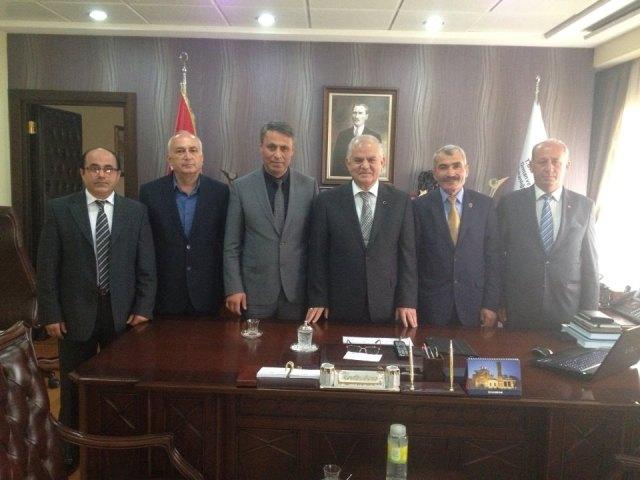 Başkanımız Hasan Sopacı Mehmet Ali Şahin beyi ve Nurettin Akman Beyi Ziyaret etti.