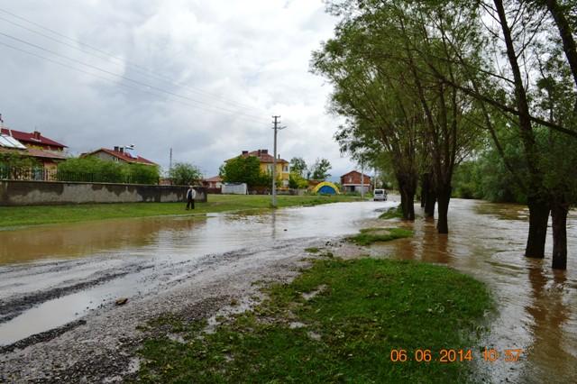 Yoğun yağışlar ilçemizi olumsuz etkiliyor