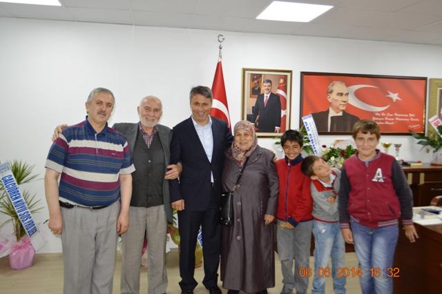 Gurbetçi Özbek Ailesi Başkanımızı Ziyaret Etti
