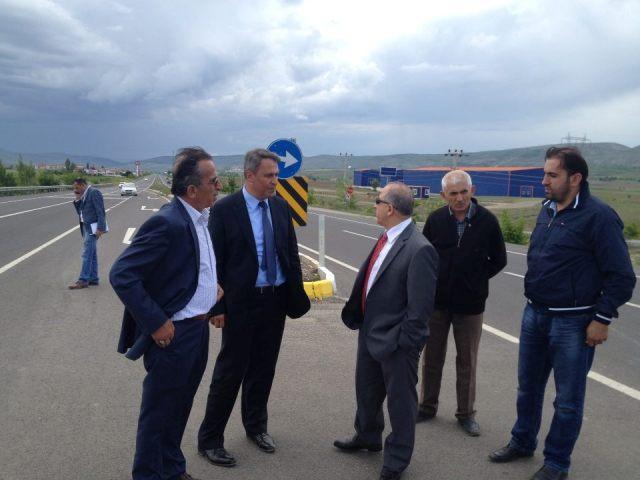 Karayolları 4. Bölge Müdürü Mustafa Karademir İlçemizi ziyaret etti.